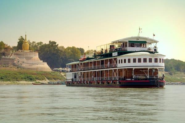 Pandaw II's 8-Day Bagan to Mandalay - Day One - Cruising along Irrawaddy River