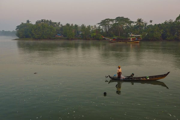 Pandaw II's 8-Day Mandalay to Bagan - Day Four - Locals Fishing on Irrawaddy River