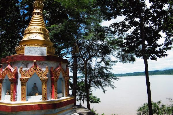 Paukan Princess' 8-Day New Upper Irrawaddy - Day Eight - A Small Shrine by the River
