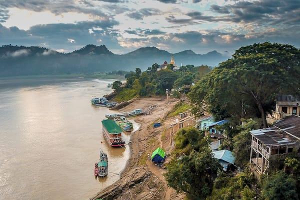 Zawgyi Pandaw's Chindwin: Monywa to Homalin - Day Two - Local Life Along Chindwin River