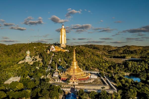 Zawgyi Pandaw's Chindwin: Monywa to Homalin - Day Six - Magnificent giant Buddha images Bodhi Tataung in Monywa