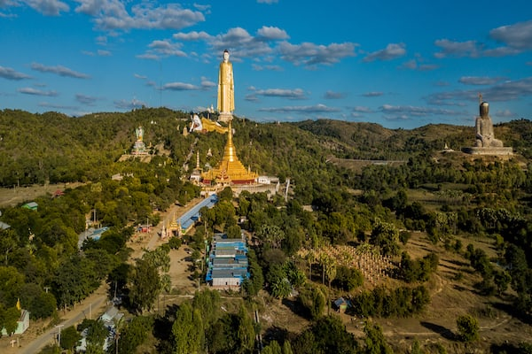 Zawgyi Pandaw's Chindwin: Homalin to Monywa - Day Five - Magnificent Giant Buddha images Bodhi Tataung in Monywa