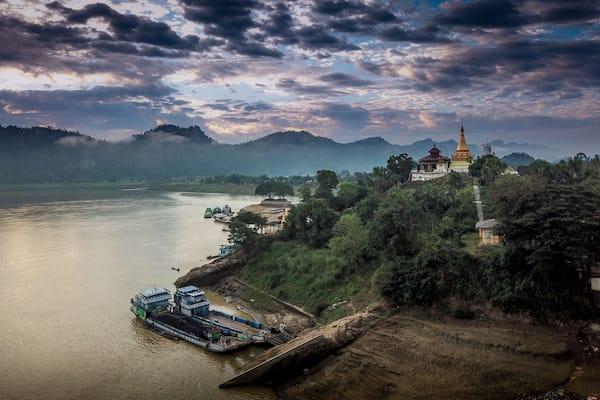 Zawgyi Pandaw's Chindwin: Homalin to Monywa - Day Seven - Panoramic View of Sagaing