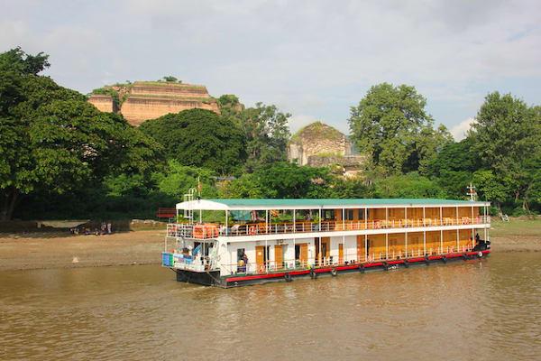 Kha Byoo Pandaw's Upper Irrawaddy: Bagan to Mandalay - Day One - Cruising Along Irrawaddy River