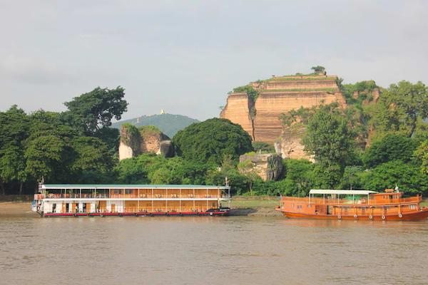 Kha Byoo Pandaw's Upper Irrawaddy: Mandalay to Bagan - Day One - Cruising Along Irrawaddy River