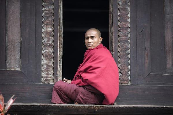 Kha Byoo Pandaw's Upper Irrawaddy: Mandalay to Bagan - Day Ten - Monks in Bagan
