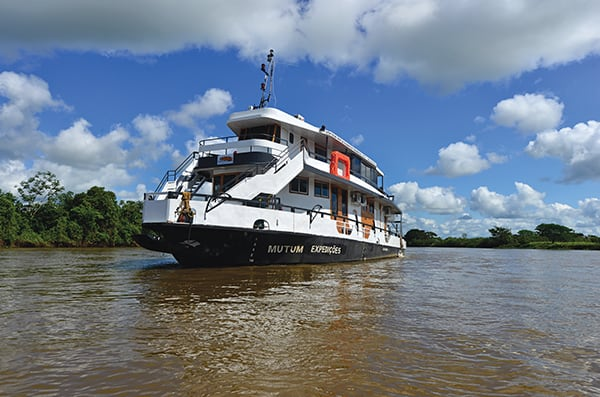 Barco Mutum's 5-Day Jaguar Nights Itinerary Day One - Embarkation.