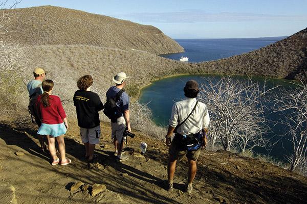 La Pinta's 5-Day Northern & Central Itinerary Day Three - Bartolome Walking Excursion.