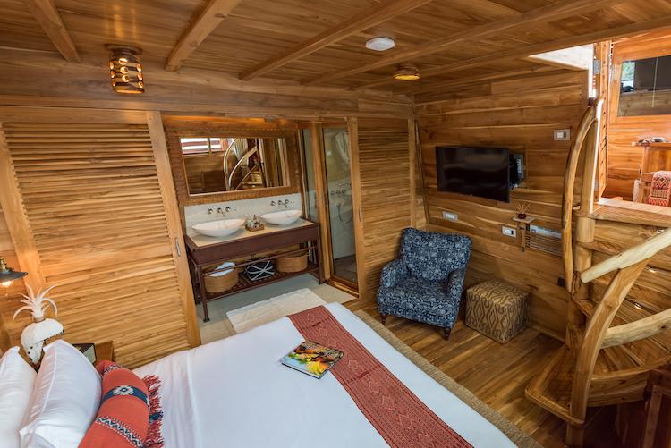 Sequoia's Island Suite