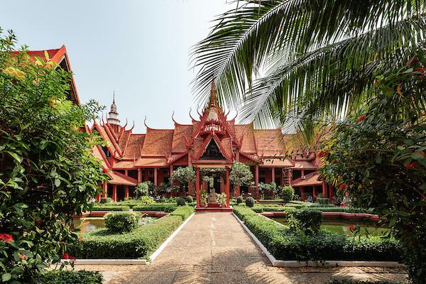 Aqua Mekong's 8-Day Mekong Expedition Downstream Day Seven - Phnom Penh