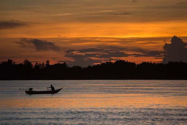 Vat Phou's 3-Day Downriver Pakse Day One - Sunset