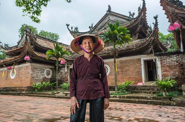 Angkor Pandaw's Red River Cruise Downriver Day Four - Tay Phuong Pagoda