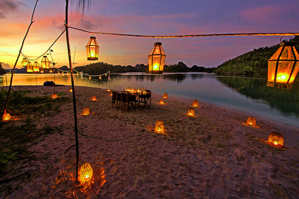 Sequoia's 5-Day Komodo Islands - Day Three - Private Dinner On The Beach