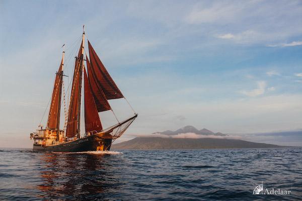 Adelaar's 11-Day Komodo Extended Komodo to Bali - Day One - Sailing