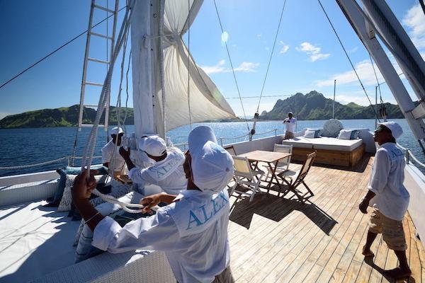 Alexa's 11-Day Maumere to Ambon via Alor & The Banda Islands - Day Three - Staff
