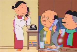 サザエさん 磯野フネ 磯野波平 黒電話