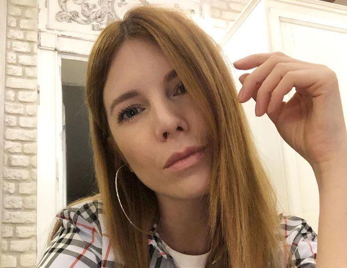 «Начали тявкаться»: карантин испортил отношения Преснякова и Подольской