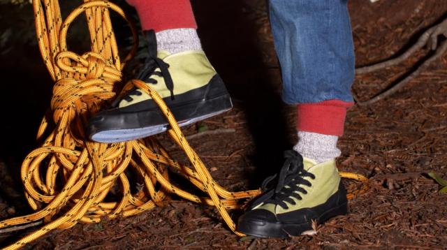 10 пар самых модных кроссовок этого месяца
