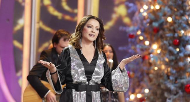 «Хороша София в мини-юбке»: российский певец показал старое видео с Ротару