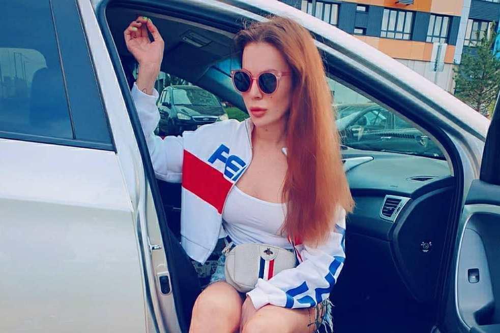 Звезда «Дома-2» Ольга Ветер разбила новую машину