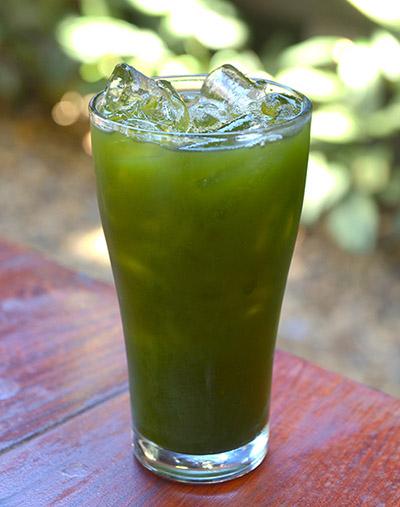 Gotu Kola-drank. (Ayurveda: vijf natuurlijke middelen tegen haaruitval)