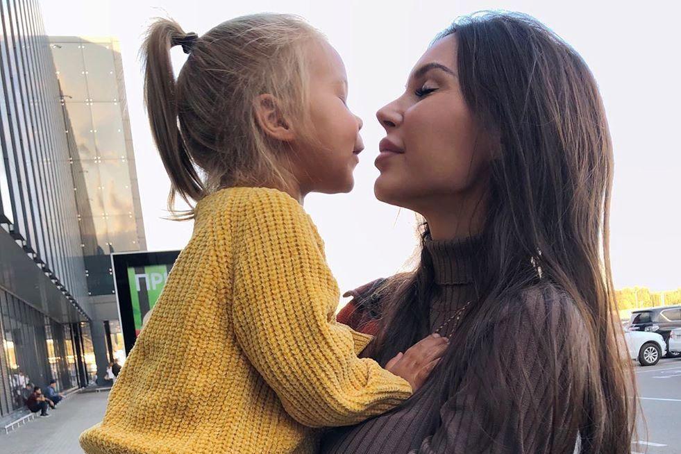 Самойлова: мне и детям необходим психолог