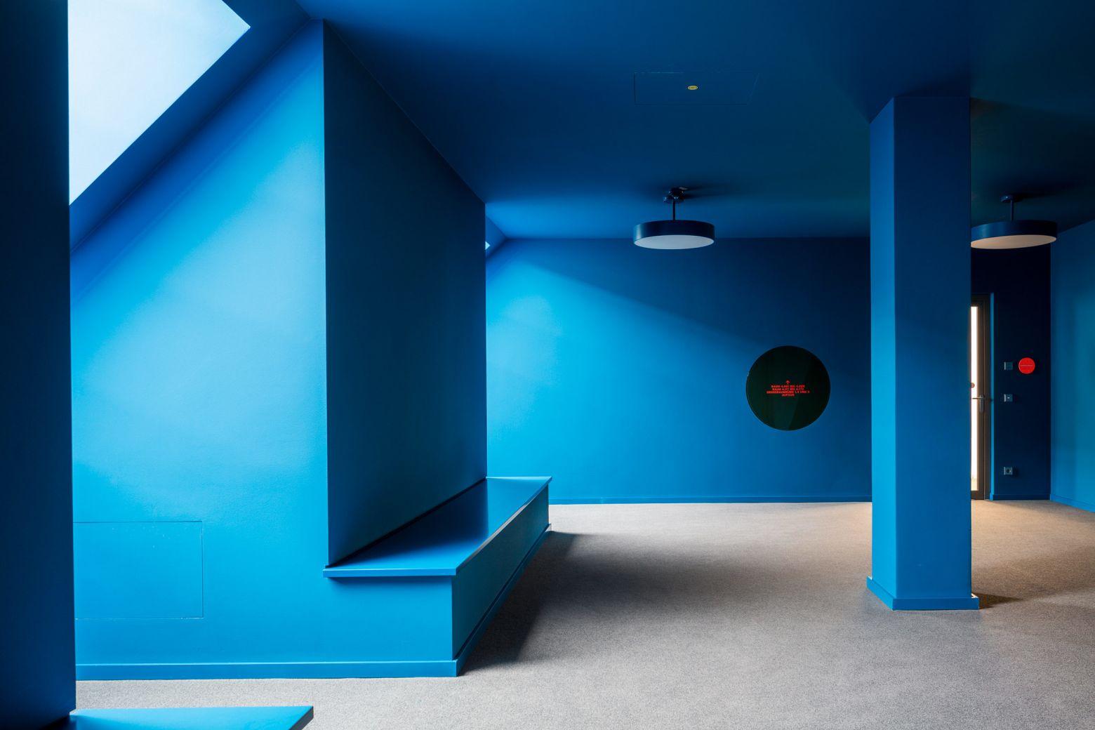 Farbaum Dachgeschoss blau