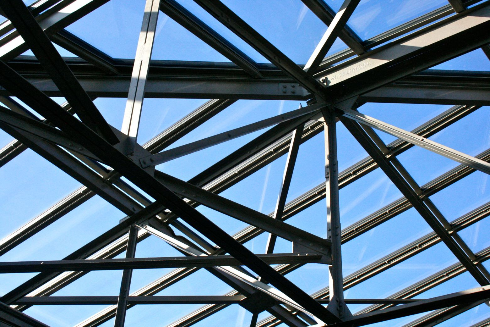 neue Glaskonstruktion auf bestehender Unterkonstruktion