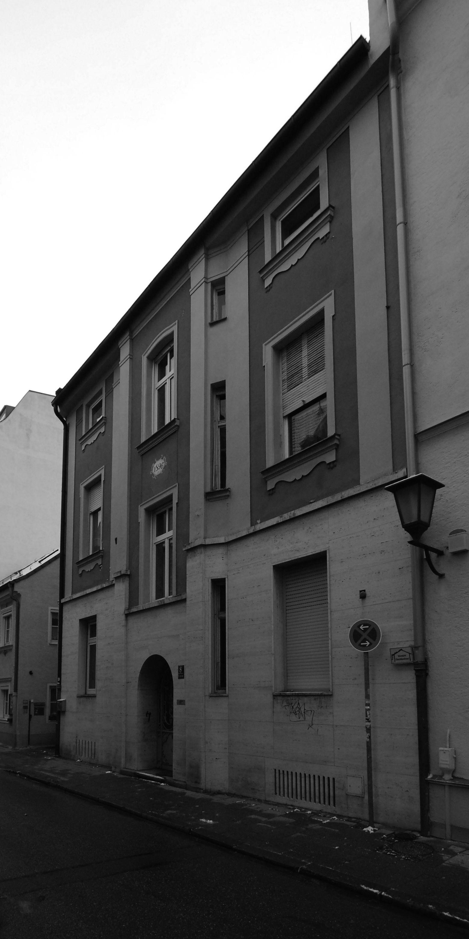 Fassade Zustand vor Renovierung