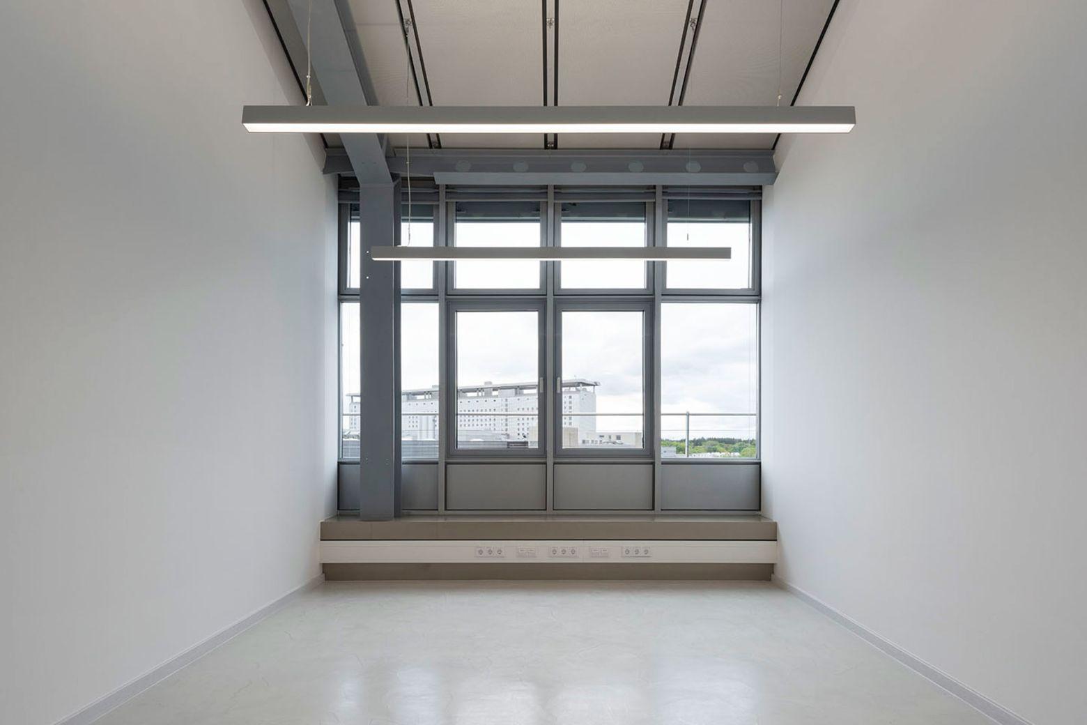Doppelbüro Blickrichtung Fassade