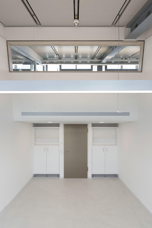 Doppelbüro Blickrichtung Galerie