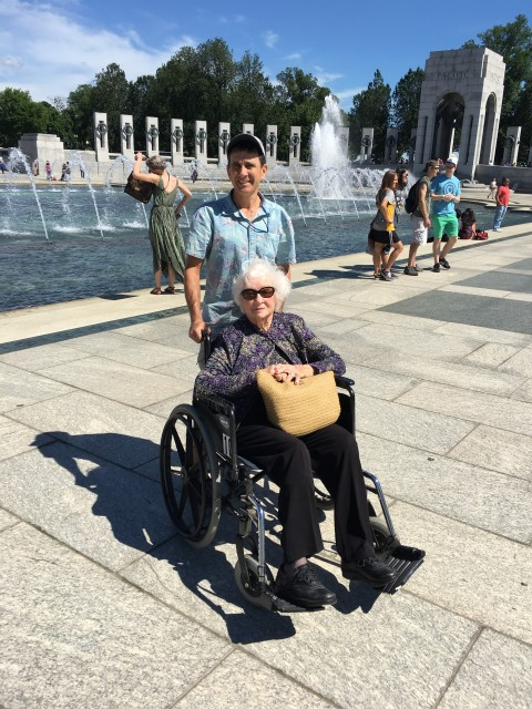 Washington DC Handicapped and Disabled Visitor to the WWII Memorial