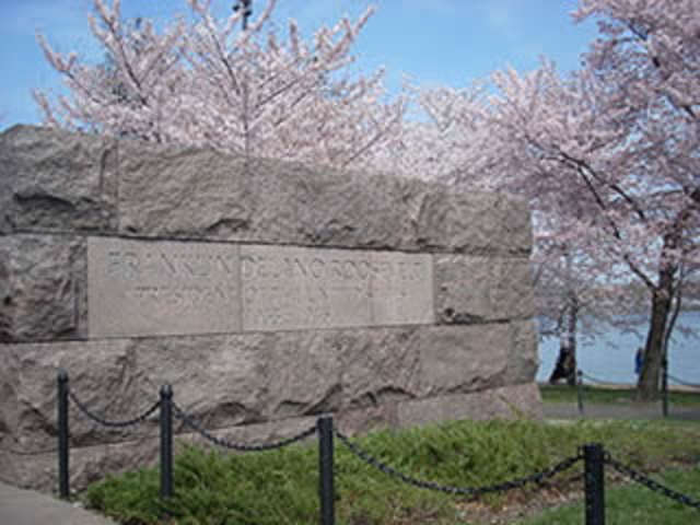 Things to Do in DC — Visit the FDR Memorial