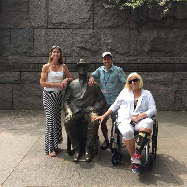 Washington DC Handicapped and Disabled Tour at the FDR Memorial
