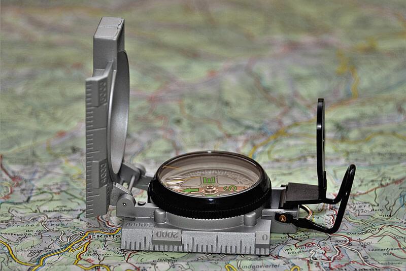 Kompas lustrzany