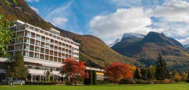 aleksandra hotell loen