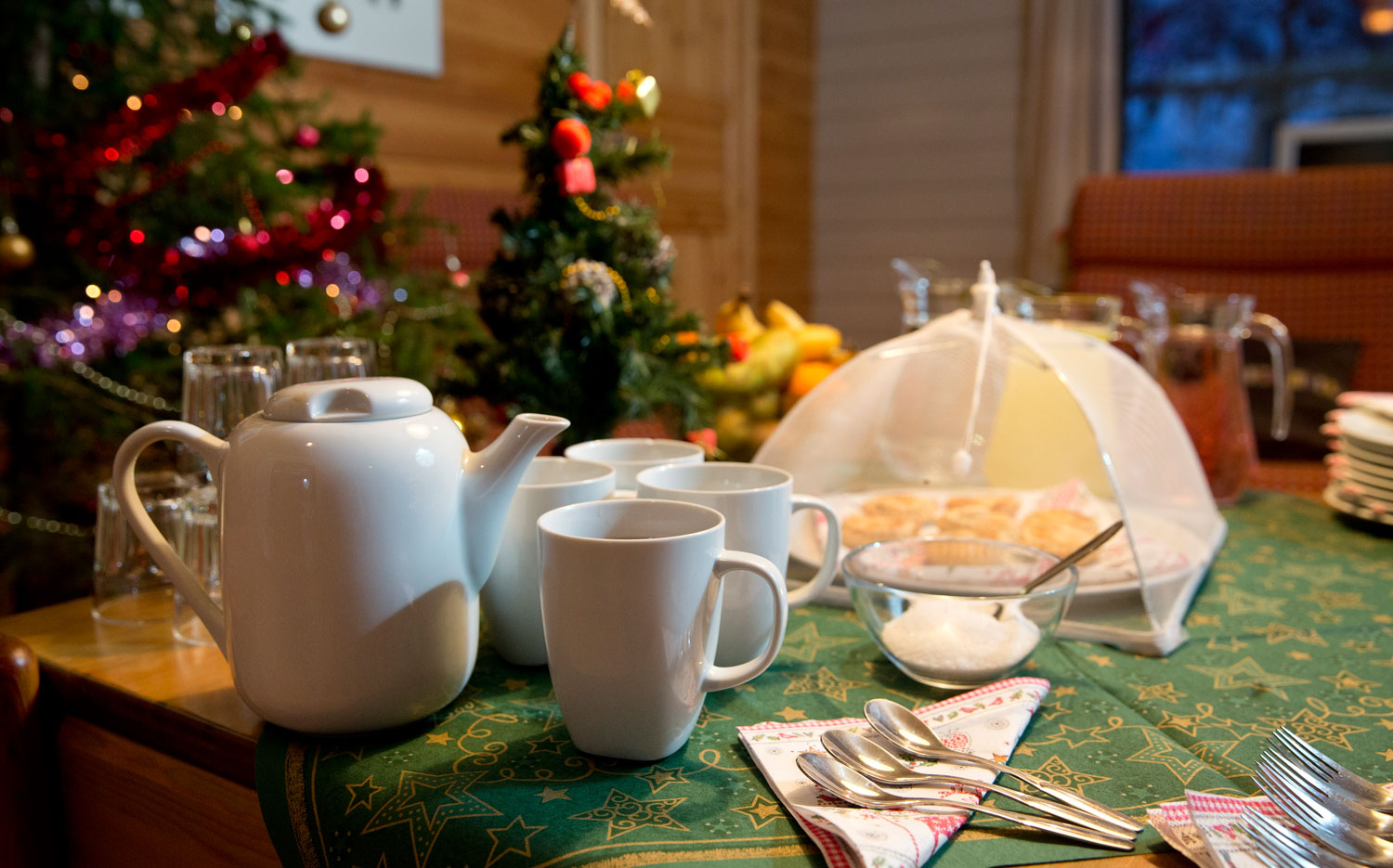 Christmas Cabins - Afternoon Tea