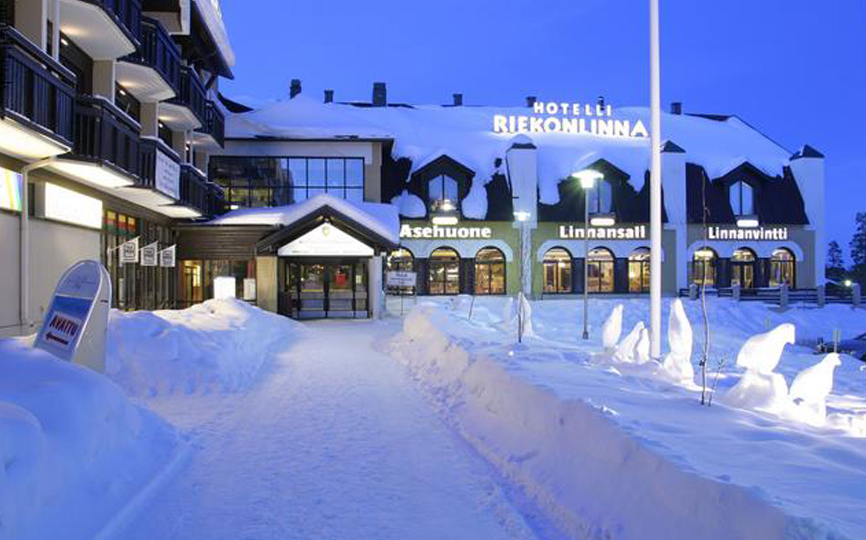 Hotel Riekonlinna - Entrance