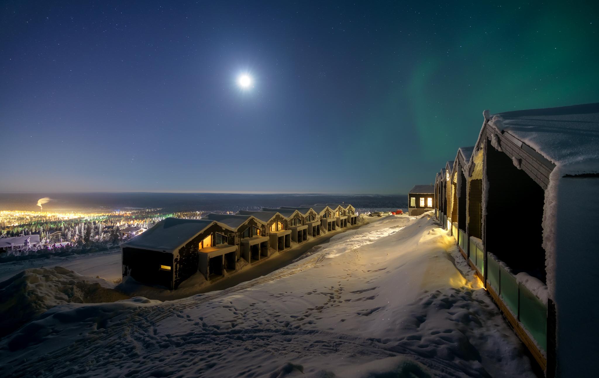 Santa's Star Arctic Hotel - Exterior view at night
