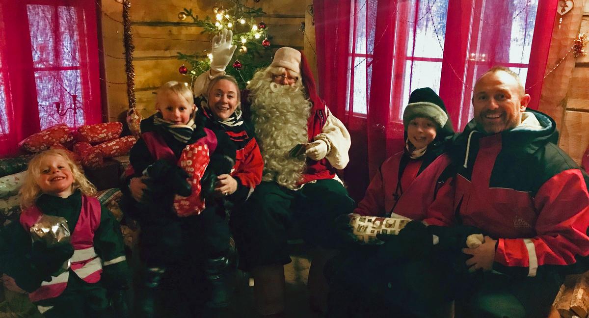 Family meeting Santa in Lapland