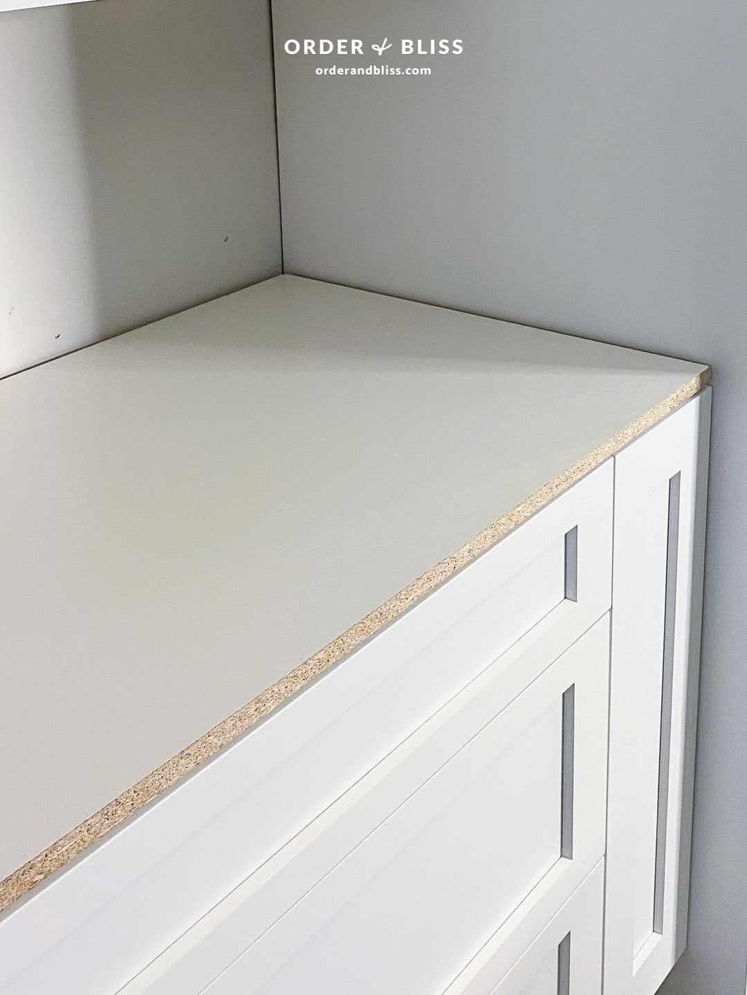 Temporary kitchen countertops using white melamine
