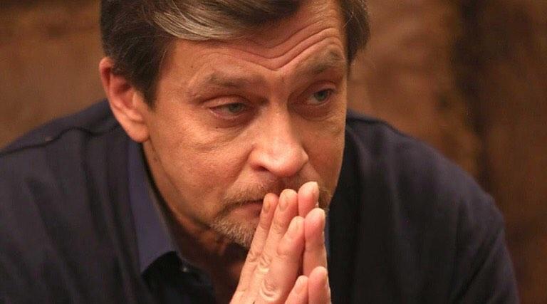 «Названивают по ночам»: Домогаров пожаловался на преследователей