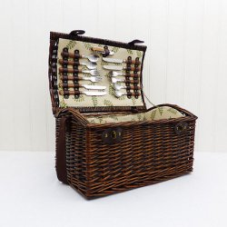 Deluxe Greenfield 4 Person Family Wicker Picnic...