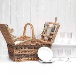 Deluxe Swancote 4 Person Wicker Picnic Basket...