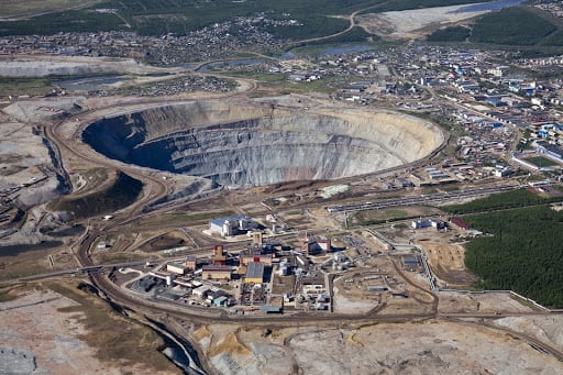 Mir diamond mine in Russia — second largest hole in the Earth