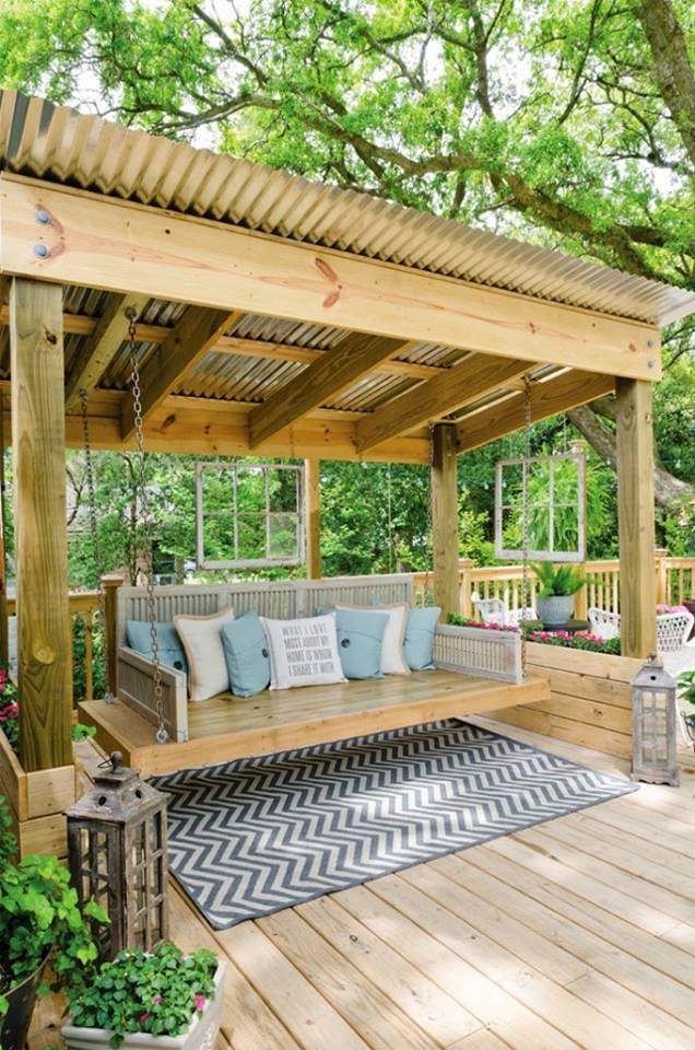DIY Ideas For Your Backyard Furniture - Patio Swing