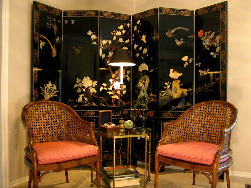 Chinese seating area In feng shui