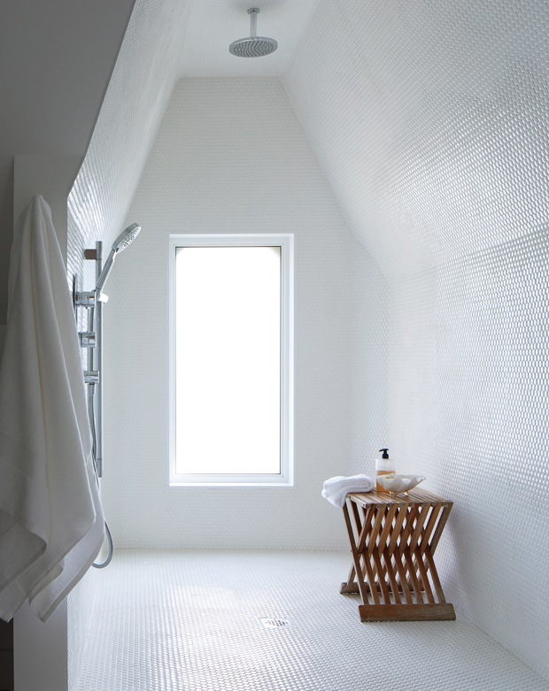 #7. A Wet Room Is One Must Have Bathroom Trends of 2020 & A 2020 Bath Decor That Top Designers Agree On