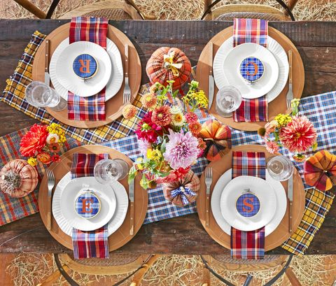 fall decorating ideas plaid tablescape