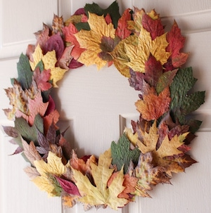 Easy DIY Fall Wreath from Brendid Home Fall Decoration